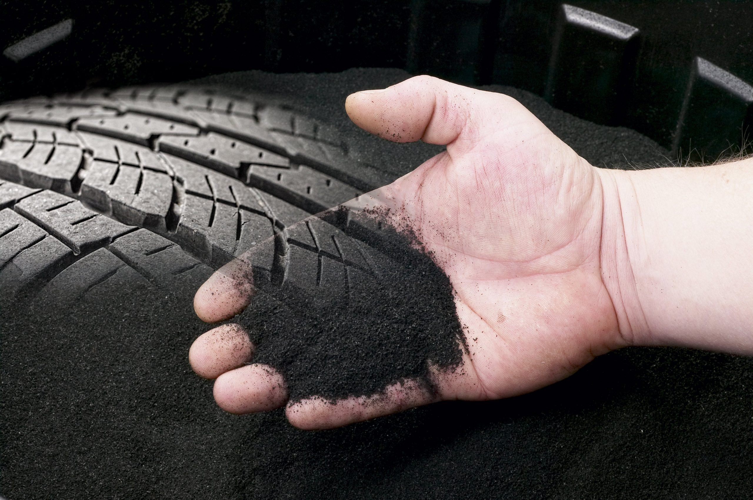 On the road to a circular economy – research project to test best mix for recycled tyres